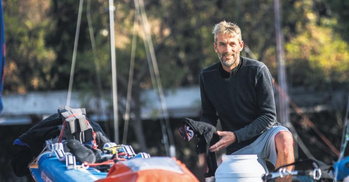 Windsurfer Jono Dunnett returns to Istanbul today to resume his windsurfing expedition passing through the Bosporus.