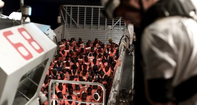 سفينة أكواريوس التي أشعلت الأزمة بين إيطاليا وفرنسا (EPA)