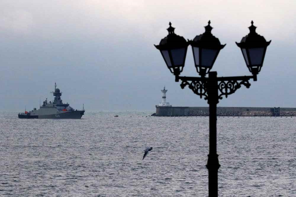 The Russian navy's new missile carrier ship, the Orekhovo-Zuyevo, arrives at the port of Sevastopol, Crimea, Dec.7.
