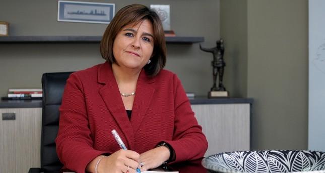 ماريا لورينا جوتيريز - وزيرة التجارة والصناعة والسياحة الكولومبية