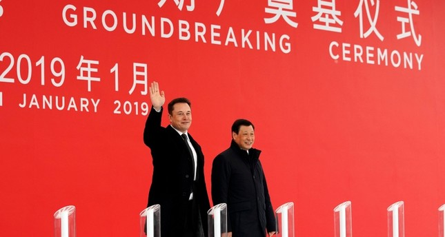 Tesla CEO Elon Musk and Shanghai's Mayor Ying Yong attend the Tesla Shanghai Gigafactory groundbreaking ceremony in Shanghai, China January 7, 2019.  (Reuters Photo)
