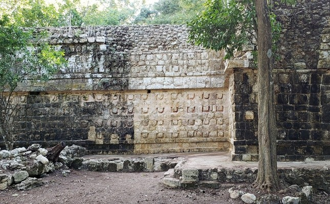 A general view shows the cleaning the stucco of the Temple of the U, located in the archaeology area of Kuluba, Mexico in this handout photograph released to Reuters by the National Institute of Anthropology and History