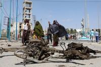 انتحاري يفجر سيارة مفخخة في مطعم بالعاصمة الصومالية