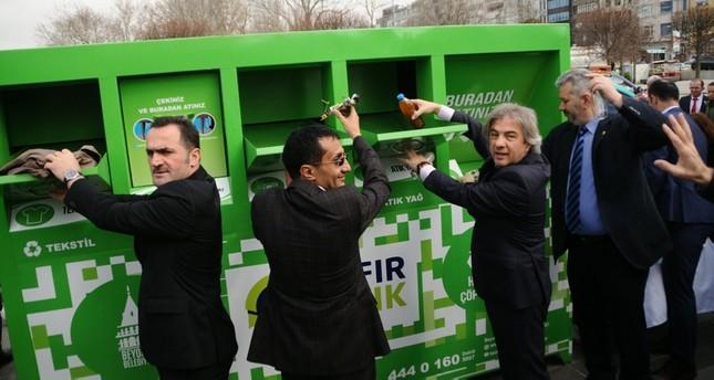 بلدية تركية تتعاون مع شركة عربية لإعادة تدوير الملابس