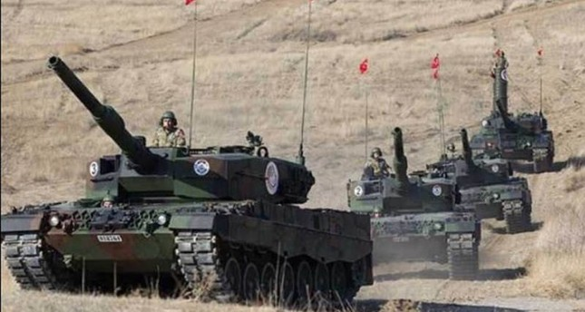 مزيد من الدبابات التركية تدخل سوريا عقب إحكام السيطرة على جرابلس