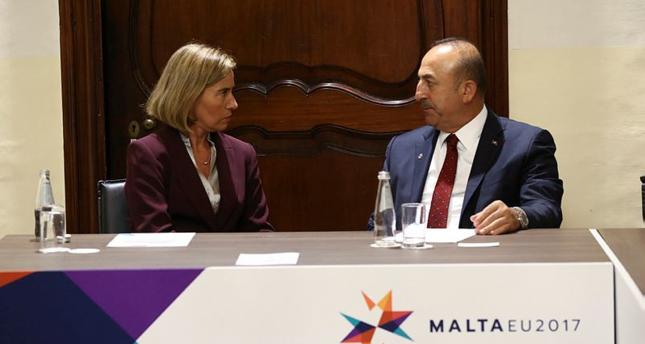 جاوش أوغلو يطالب وزراء الخارجية الأوروبيين بالتزام الصدق والوضوح