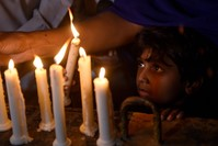 صلوات في باكستان على أرواح ضحايا سريلانكا (الفرنسية)