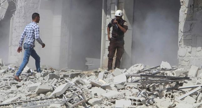 استمرار قصف روسيا والنظام السوري لمحافظتي إدلب وحماة