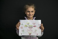 Syrian refugee children paint their love for Turkey