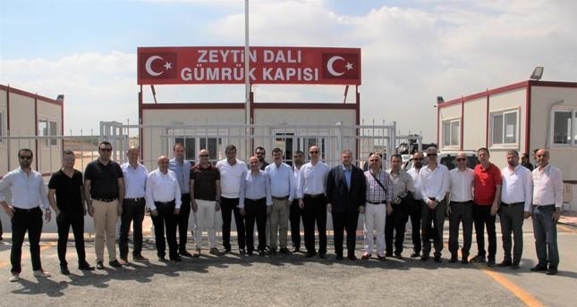 رجال أعمال أتراك يزورون غرفة تجارة وصناعة عفرين السورية