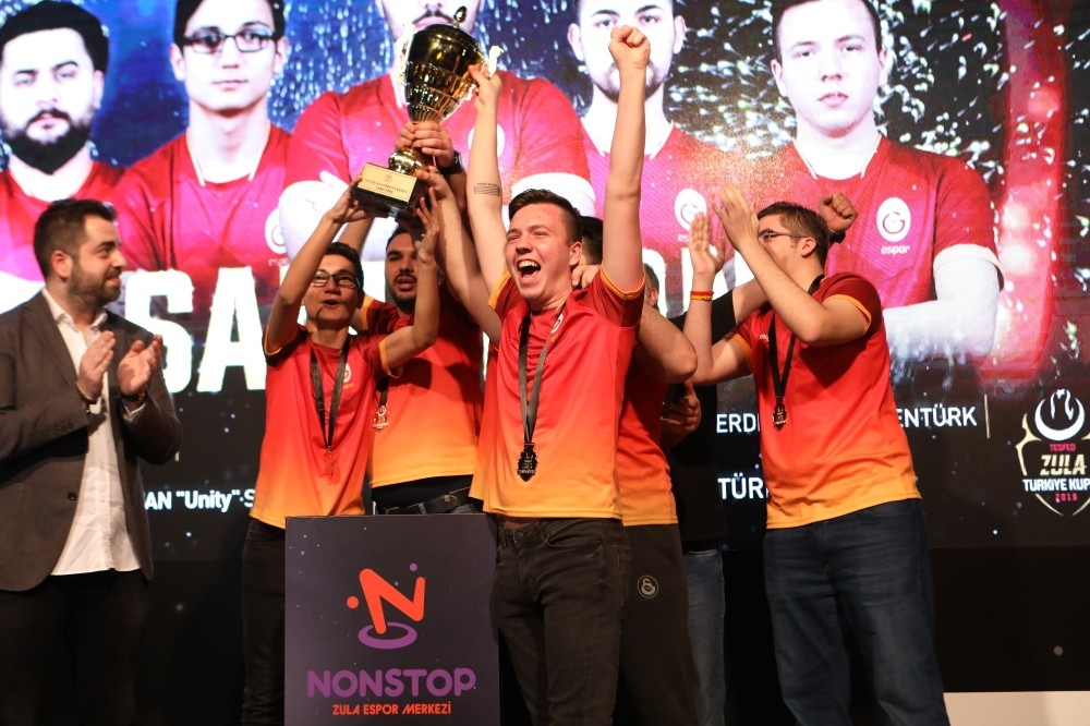 Members of Galatasaray Esports celebrate their victory after beating their rival Gamers of Future 3-1 to win the Turkish Cup, in the Nonstop Zula Esports Center on u0130stiklal Avenue, Taksim, Istanbul, Jan. 27, 2019.