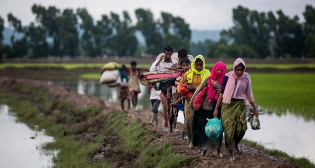 Turkish Red Crescent to build accommodation for 100,000 Rohingyas
