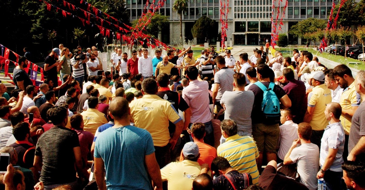 Victims who were fired by the Istanbul Metropolitan Municipality protest in front of the municipality building, Aug. 29, 2019.