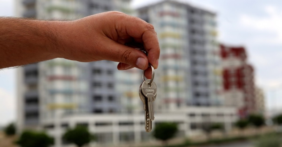 A total of 19,952 houses were sold to foreign buyers in the January-June period of this year, according to official figures.