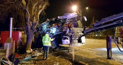 pBei einem Busunglück in der Provinz Eskişehir sind am Samstagmorgen elf Menschen ums Leben gekommen und 46 weitere verletzt worden./p  pAn Bord seien Familien auf dem Weg zu einem Skiausflug...