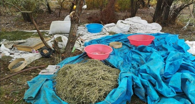 Authorities shared photos of seized drugs with the media. (Courtesy of Diyarbakır Governorate)