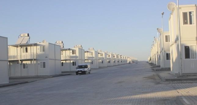 أحد مخيمات اللاجئين المكونة من مساكن مسبقة الصنع بولاية عثمانية جنوبي تركيا  الأناضول