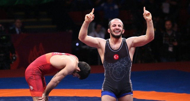 Turkey wins 2 golds, silver and bronze on 2nd day of European Wrestling Championships