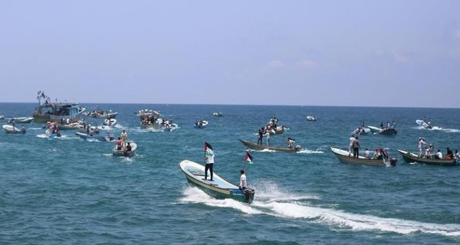 إصابة 95 فلسطينياً برصاص البحرية الإسرائيلية قبالةشواطئ غزة