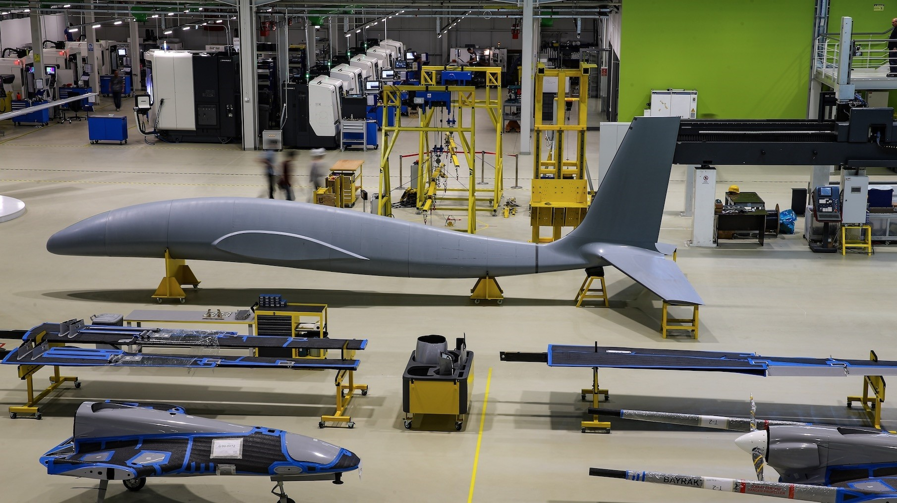 Baykar Makinau2019s latest twin-engine armed drone Aku0131ncu0131 will run test flights next year and is expected to offically start serving Turkish security forces in 2020.