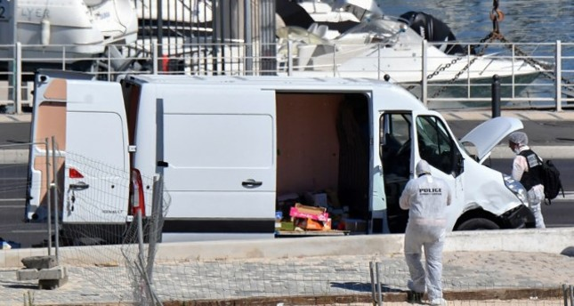 French police officer check the van after it rammed into two bus stops in the French port city of Marseille, Aug. 21, 2017. (AFP Photo)