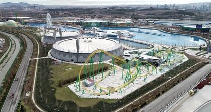 Europe's biggest theme park Wonderland Eurasia opens