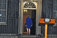 Breaking Brexit deadlock as uncertainty reigns, countdown looms