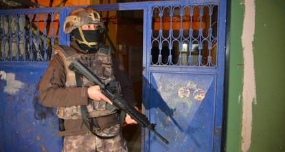 В Турции задержали 2 террористов ДАЕШ, разыскиваемых Интерполом