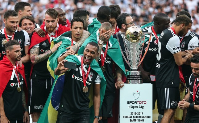 Celebrating 15th title, Beşiktaş now eye Champions League
