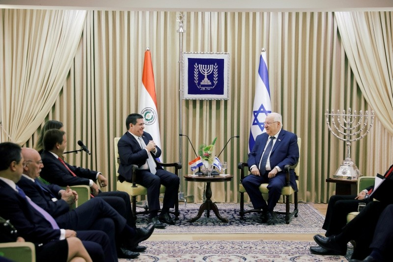 Paraguayan President Horacio Cartes sits next to Israeli President Reuven Rivlin at his residence in Jerusalem, May 21, 2018. (REUTERS Photo)