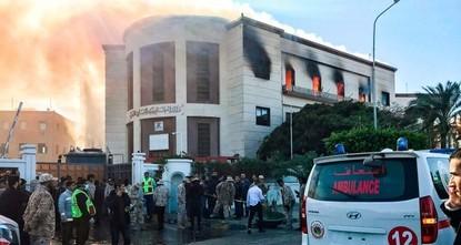 Anschlag auf Außenministerium in Libyen: Mind. 3 Tote