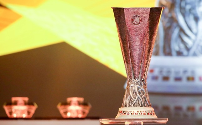 The UEFA Europa League Trophy is displayed during the draw for UEFA Europa League football tournament at The Grimaldi Forum in Monaco on Aug. 31, 2018. (AFP Photo)