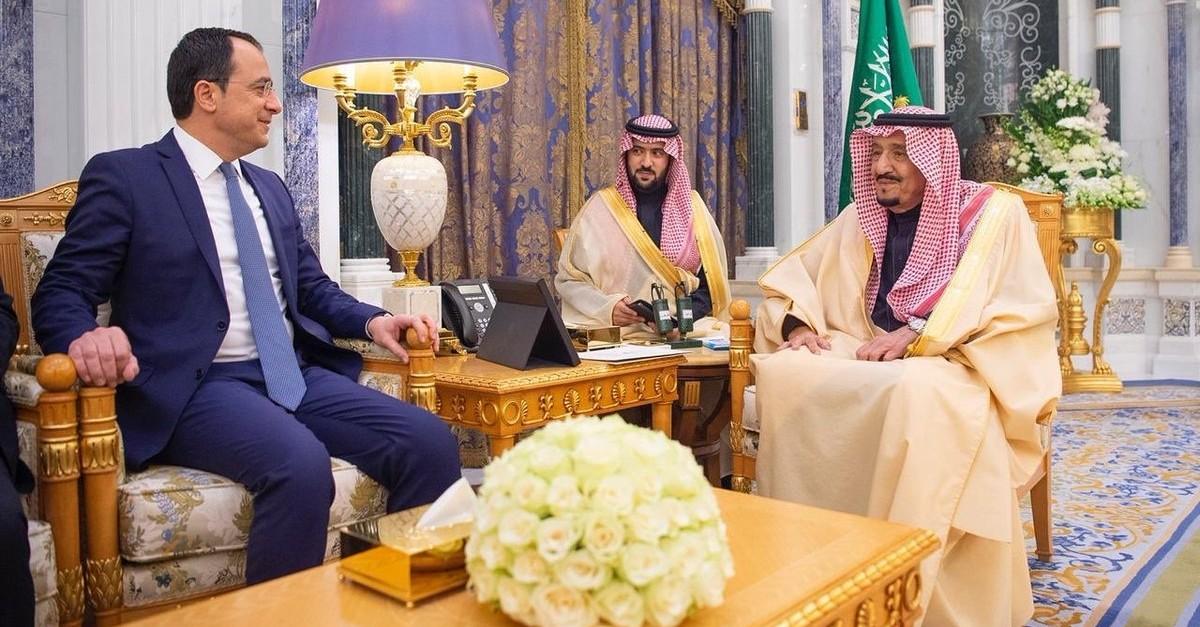 Saudi King Salman receives Greek Cypriot Foreign Minister Nikos Christodoulides in Riyadh on Jan. 19, 2020. (Photo: Twitter / @Christodulides)