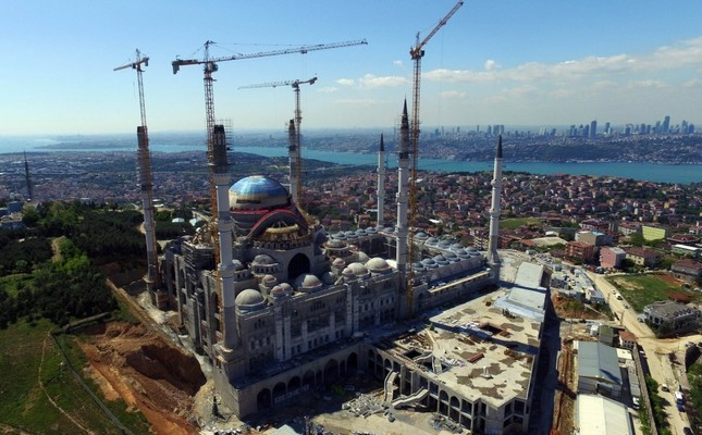 Çamlıca Mosque, largest in Turkey, opens in honor of Ramadan