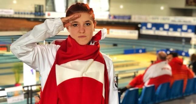 Muhsine Gezer took home the gold in the women's 1,500-meter race.