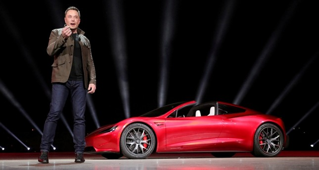 Tesla CEO Elon Musk unveils the Roadster 2 during a presentation in Hawthorne, California, U.S., November 16, 2017. (REUTERS Photo)