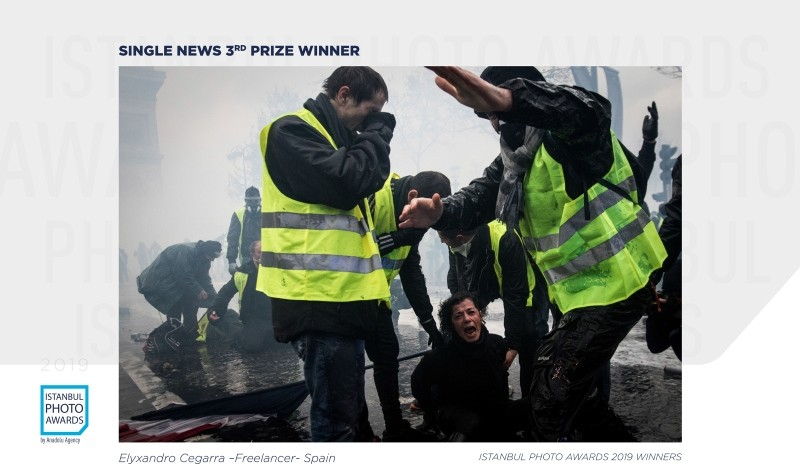 Single News 3rd Prize — Yellow Vest Protest Against Rising Fuel Taxes in Paris