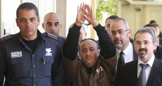 الأراضي الفلسطينية تشهد إضرابا شاملا إسنادا لإضراب الأسرى في السجون الإسرائيلية