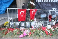 Survivors remember horror in trial of Daesh massacre in Istanbul