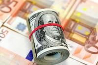 ترامب يتهم أوروبا بتعمد خفض اليورو