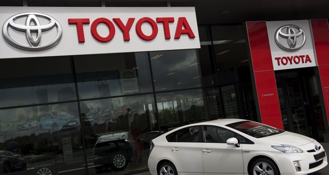 A picture taken on June 29, 2016 shows a car on display at a Toyota car dealership in the Hague, The Netherlands. (AFP Photo)