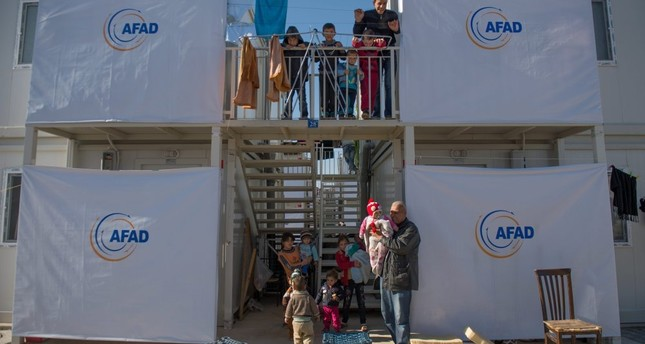 Refugees in a two-story refugee camp in Kahramanmaraş.
