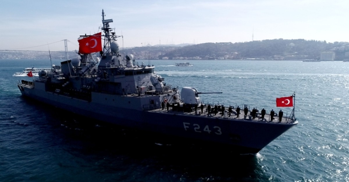 Sailors of Turkish frigate TCG Yu0131ldu0131ru0131m salute the tomb of Ottoman sailor Barbaros Hayreddin as they are crossing the Bosporus, on March 9, 2019. (DHA Photo)