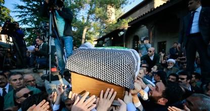 تركيا تودع فقيدها شاعر القدس نوري باكديل