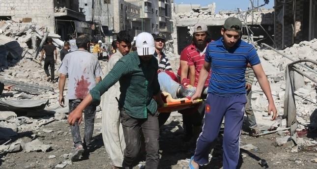 ارتفاع عدد قتلى هجمات النظام السوري وروسيا على إدلب إلى 52