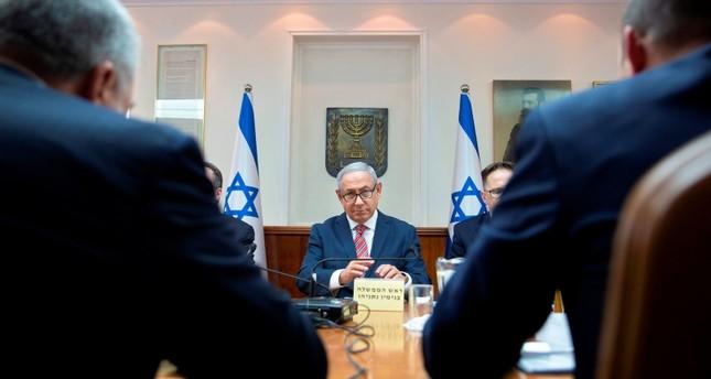 بنيامين نتنياهو في الاجتماع الأسبوعي للحكومة الإسرائيلية (الفرنسية)