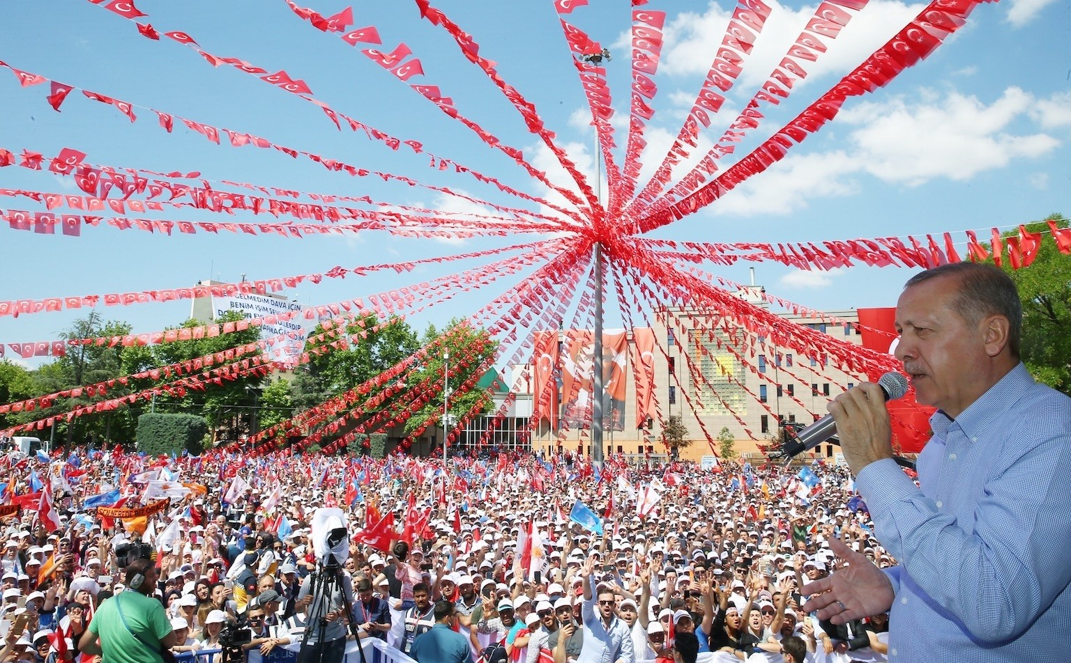 President Recep Tayyip Erdou011fan stressed that Turkish people trust his experience as a person who served as both prime minister and president.