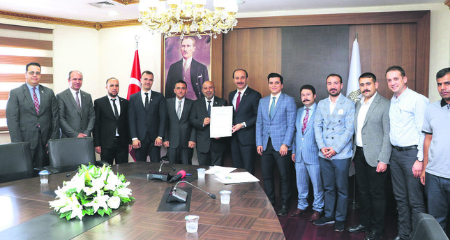 Syrian Businesspeople Association (SİAD) and the Şanlıurfa Organized Industrial Zone Directorate signed a land allocation protocol aimed at establishing 10 factories that will operate in various sectors in the Şanlıurfa.