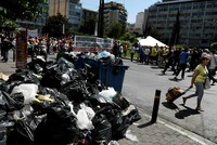 In Griechenland ist keine Entspannung beim Streik der Müllarbeiter in Sicht. Im Zentrum der Hauptstadt Athen versammelten sich nach Angaben der Polizei am Donnerstag rund 5000 Menschen und...