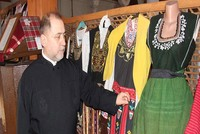 Orthodox priest in Edirne turns 2nd floor of church into culture museum